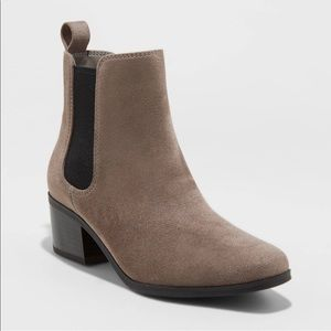 A New Day   Chelsea Boot